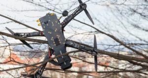 Как снять коптер дрон с дерева?